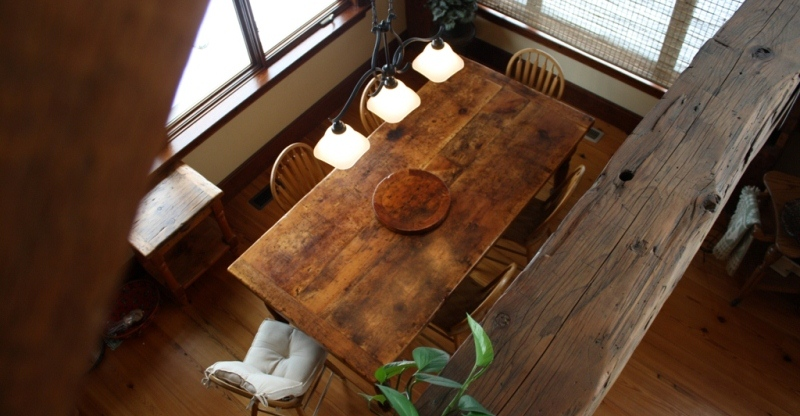 Pic: Reclaimed Wood Harvest Table