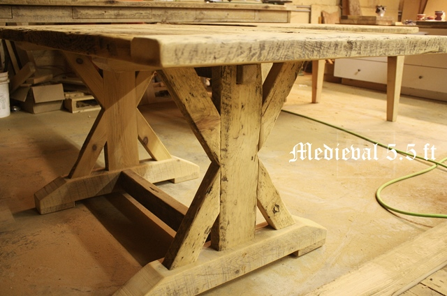 Reclaimed wood tables oakville ontario hd threshing floor for Table cuisine en pin