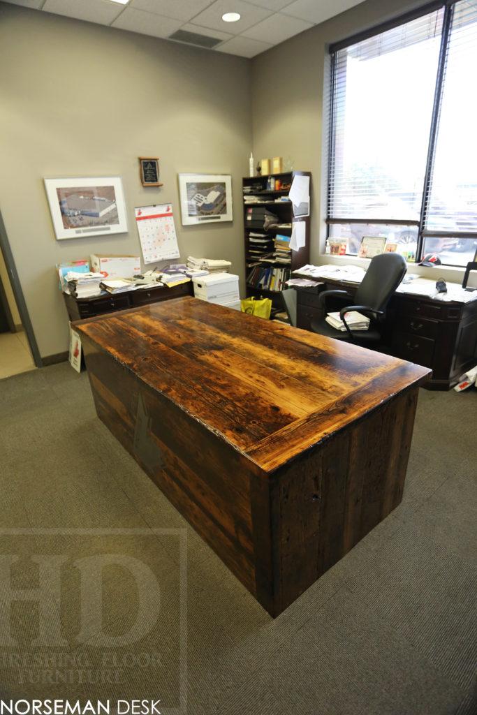 reclaimed wood desk, custom desk, etobicoke, ontario, barnwood desk, Ontario, unique desks ontario, hd threshing, gerald reinink