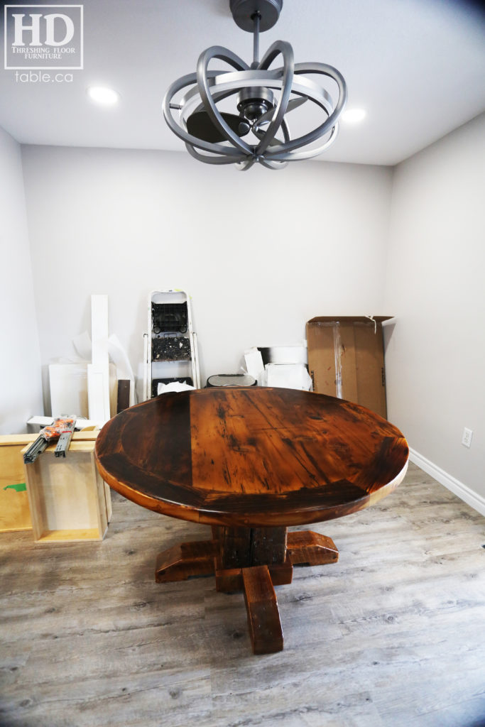 Barnboard Round Table made from Ontario Barnwood by HD Threshing Floor Furniture / www.table.ca