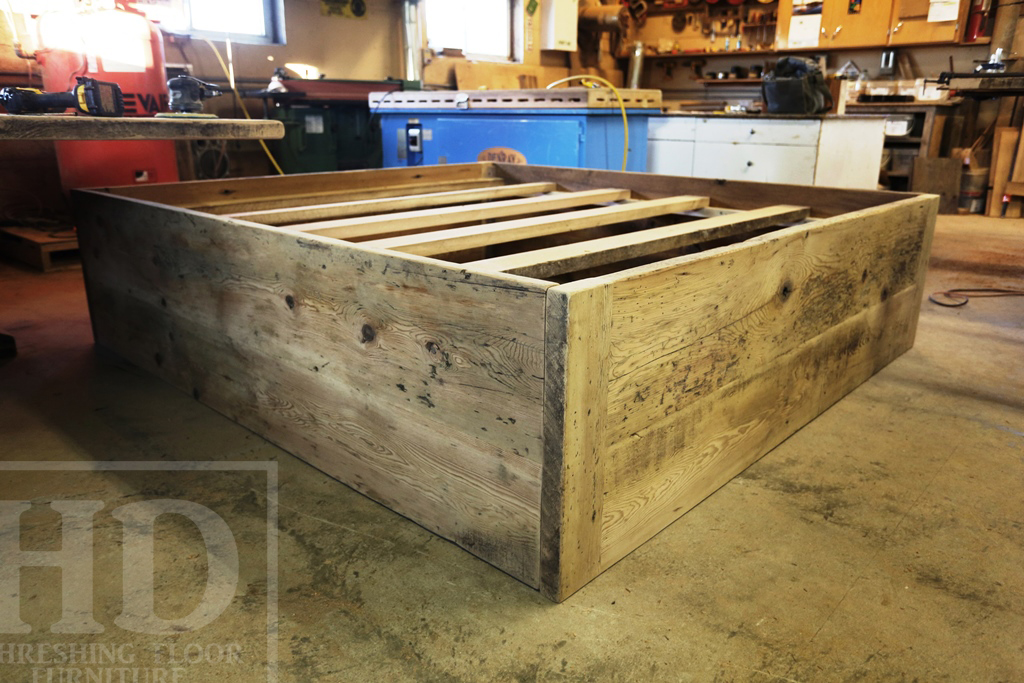 6acb0982878 ... Custom Made · Custom Reclaimed Wood Beds Ontario Barnwood ...