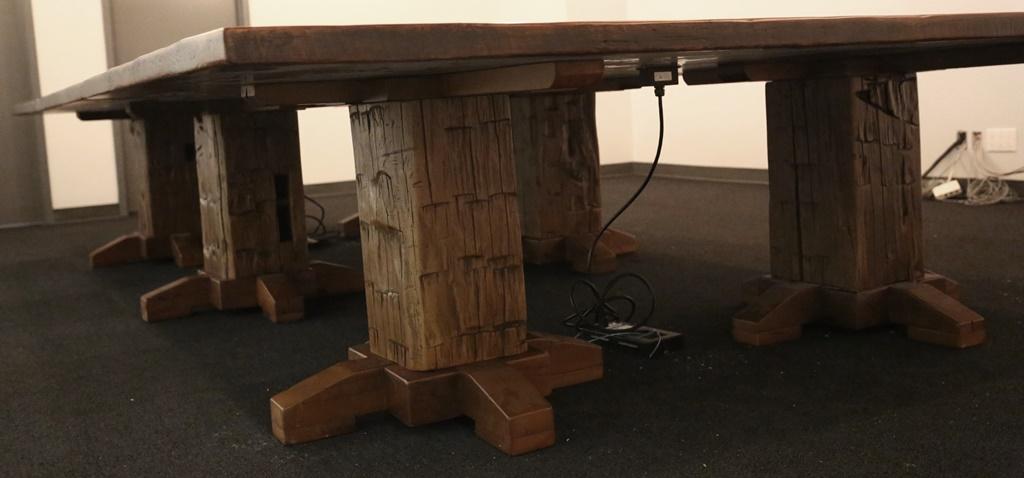 Superb Reclaimed Wood Pedestal Dining Table Round Pedestal Tables Interior Design Ideas Philsoteloinfo