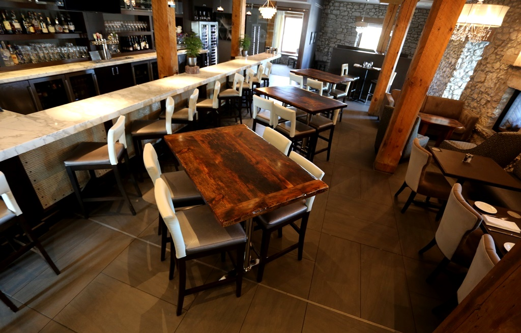 Reclaimed wood furniture restaurant tables hd threshing for Restaurant table menu